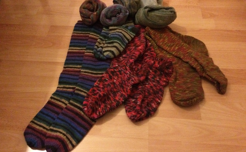 Wohlig-warme selbstgestrickte Socken
